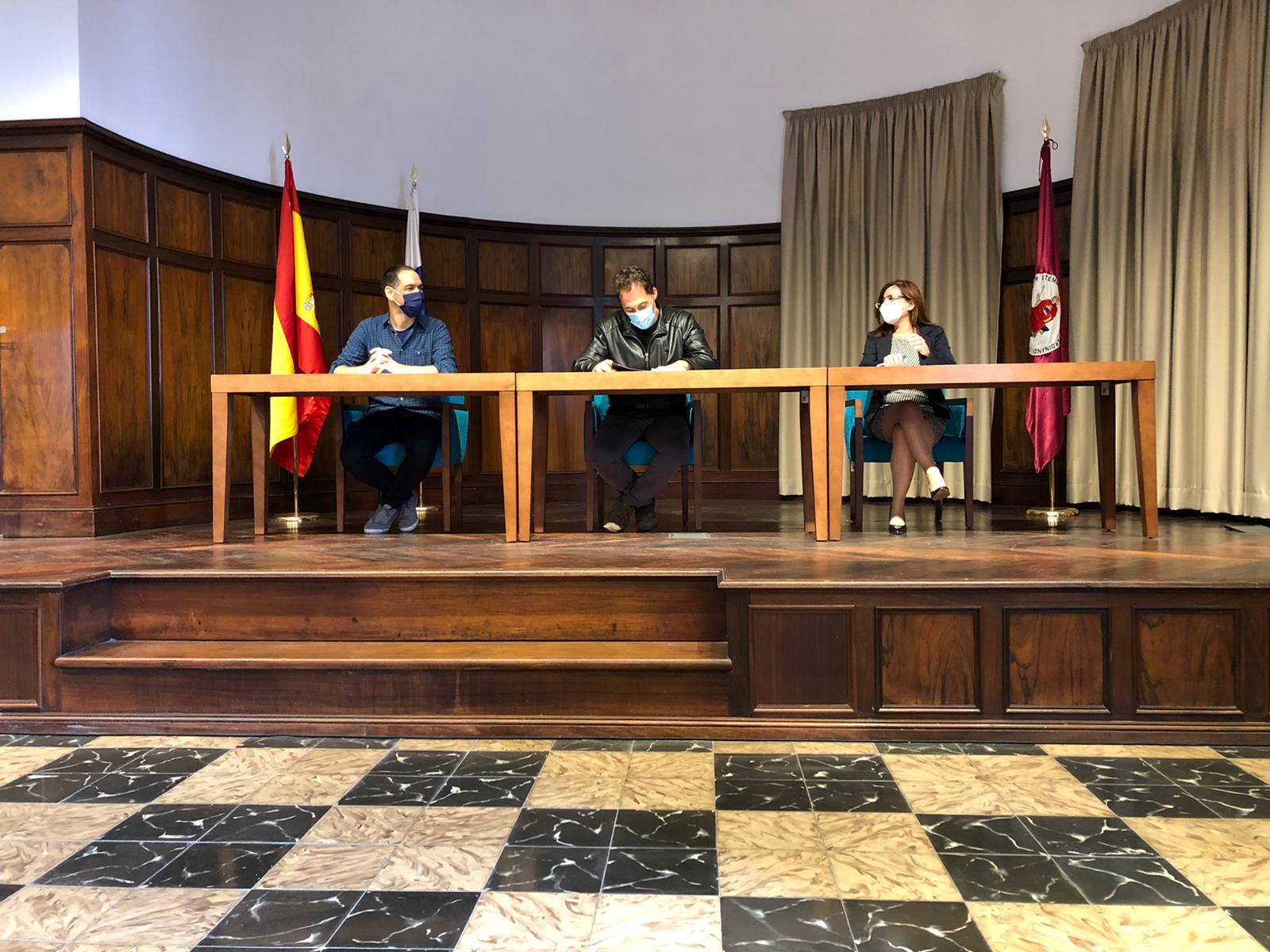 Firma convenio universidad la laguna conecta software ux